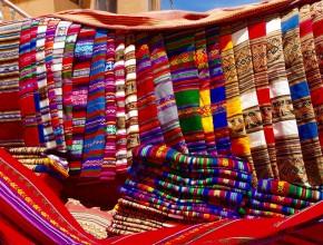 Cores dos tecidos Bolivianos