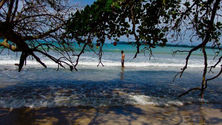 Esta era a praia que tinhamos a dois minutos do nosso Hostel