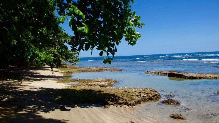 Praia privada do nosso Hostel